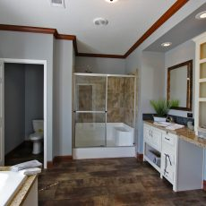 St George Master Bath